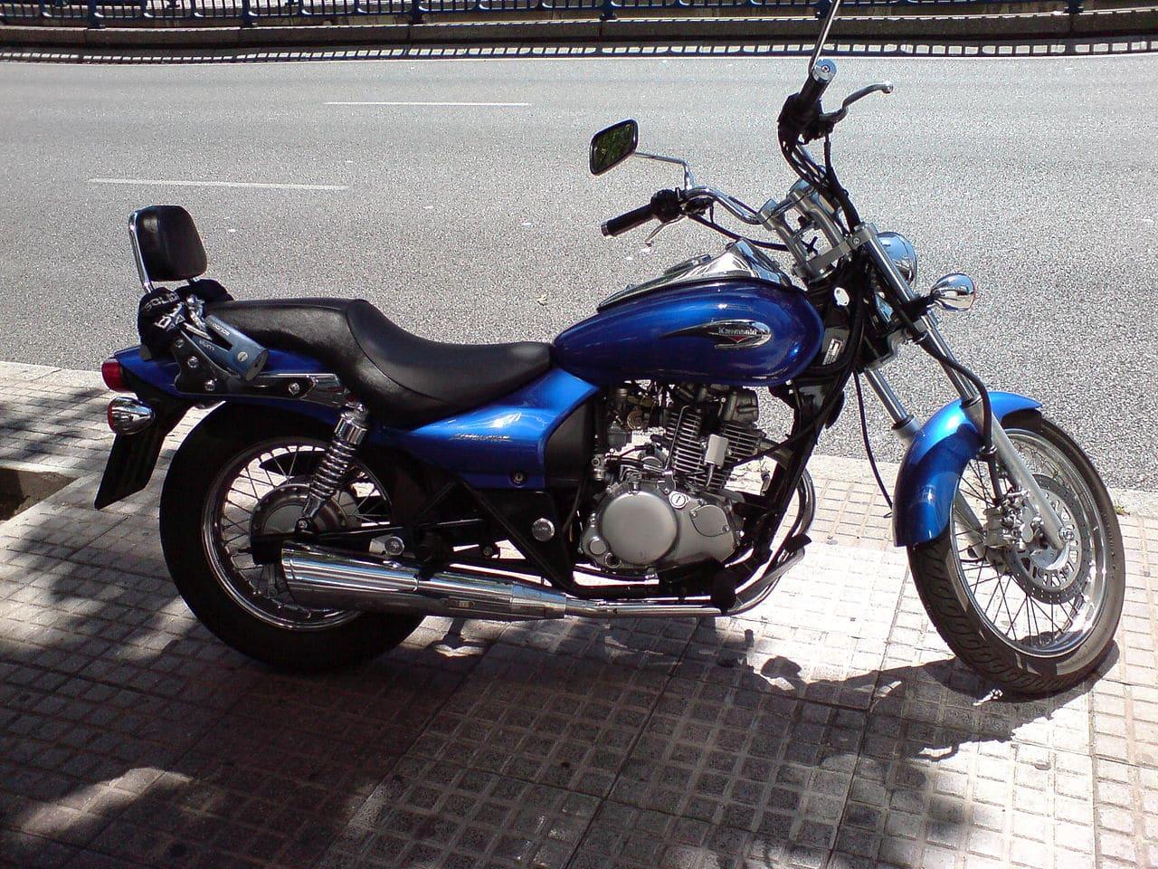 Suzuki GZ125 Marauder  2009