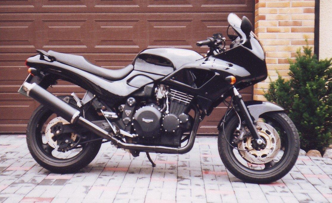 Triumph Sprint 900 1995
