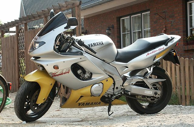 Yamaha YZF600R Thundercat  1996