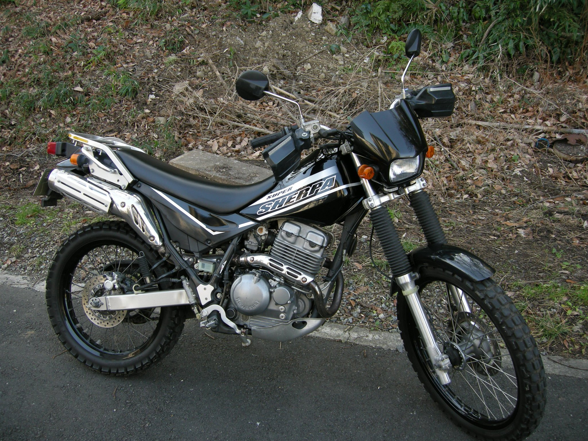 Kawasaki KL250  2011
