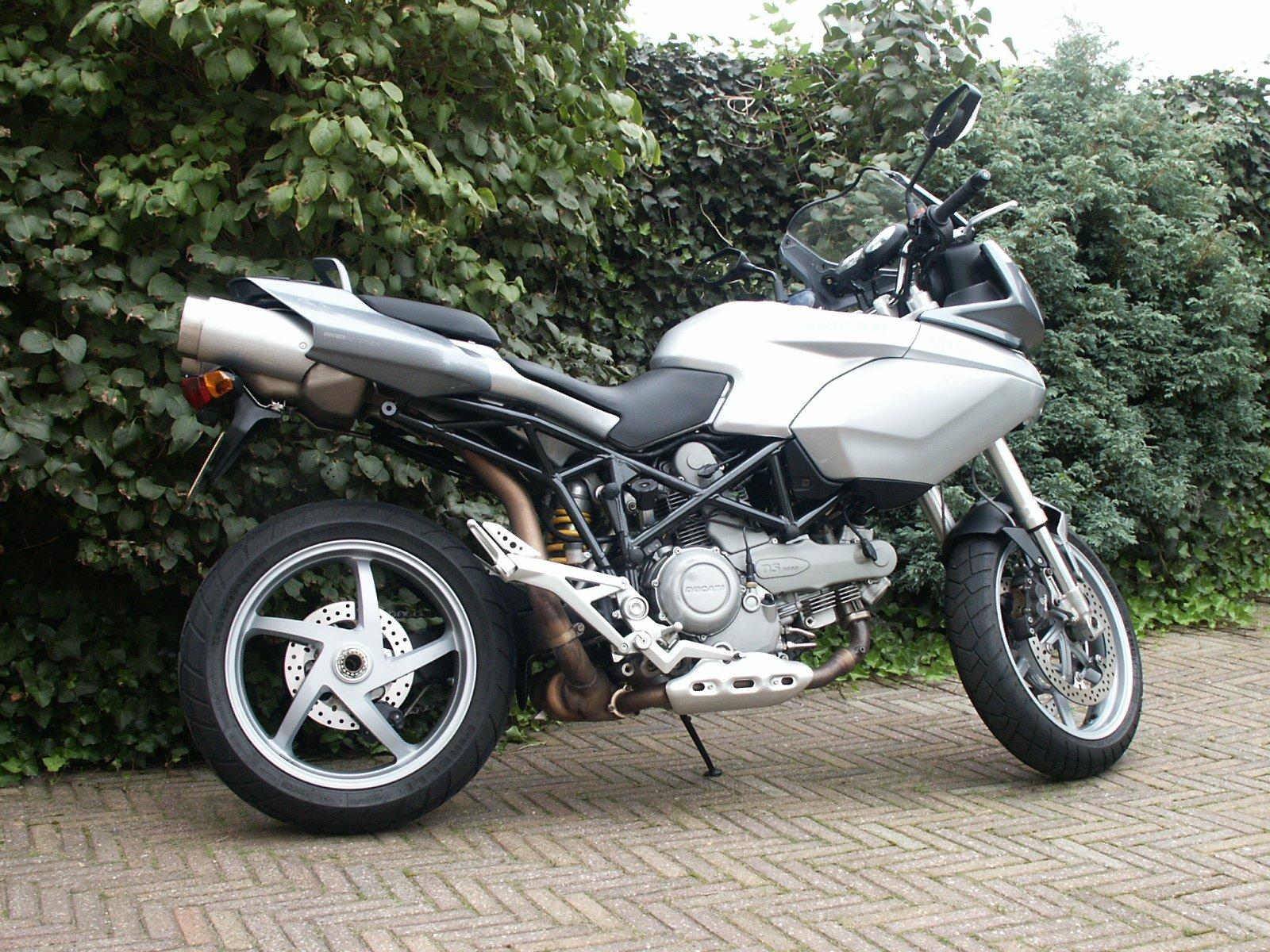 Ducati Multistrada 1000 DS 2005